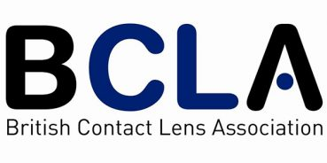 BCLA issues advice on swimming with contact lenses