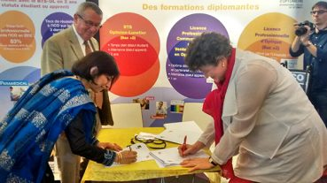 Optometry Colleges Sign MoU At SILMO 2014