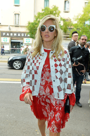 Ellie Goulding In Fendi Sunglasses