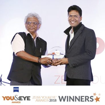 Eye-Savers, Hubli wins Excellence in Clinical Support – Boutique Store (Non-Metros) in ZEISS 'YOU&EYE' AWARDS 2018