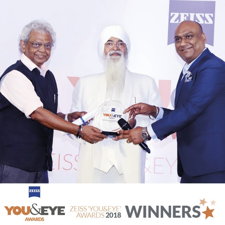 Sardar Pradip Singh Thukral honoured with Lifetime Achievement Award (Industry) in ZEISS 'YOU&EYE' AWARDS 2018